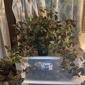 Other - Faux Vine Foliage